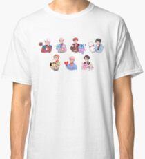 BTS mit ihren BT21 Freunden !!! Classic T-Shirt