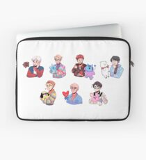 BTS with their BT21 friends!!! Laptop Sleeve