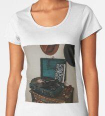 vintage Premium Scoop T-Shirt