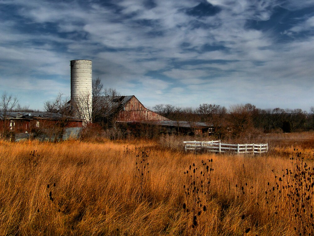 Thanksgiving Barn by Gary & Marylee Pope