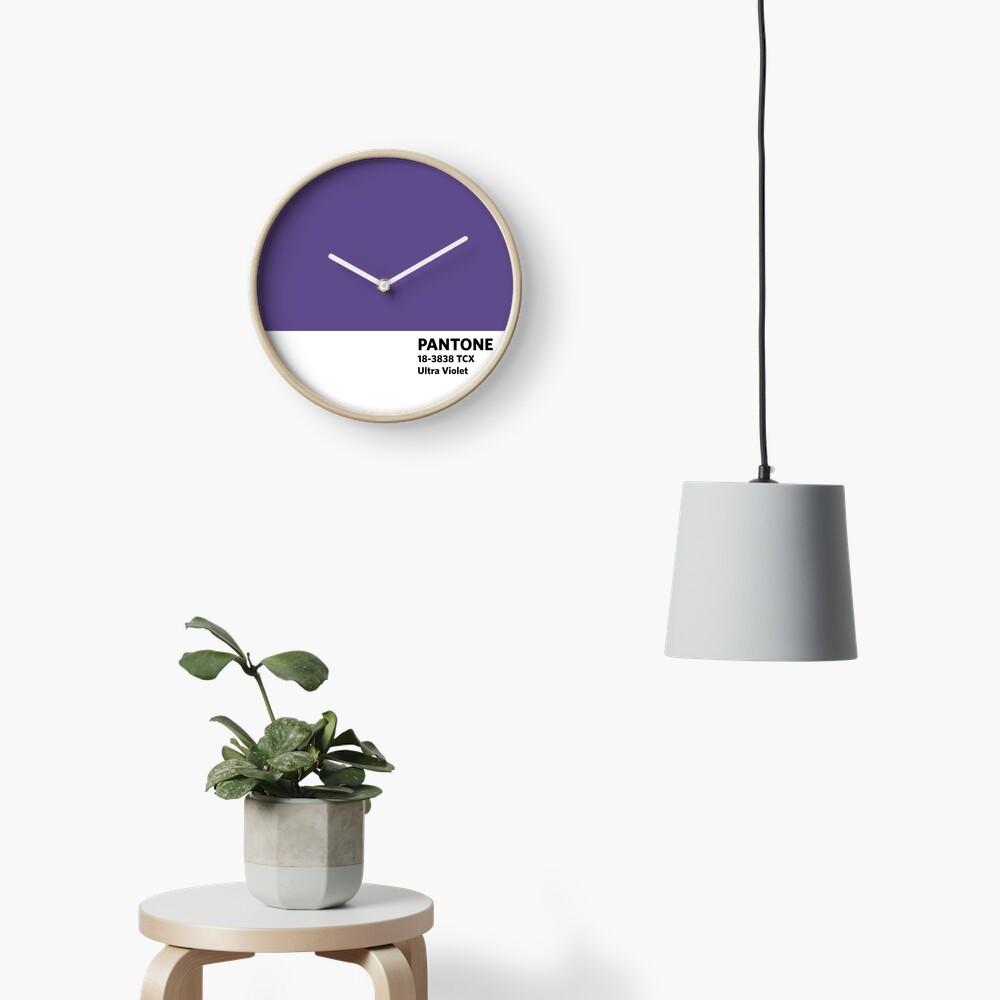 2018 Pantone Farbe des Jahres - Ultra Violett Uhr