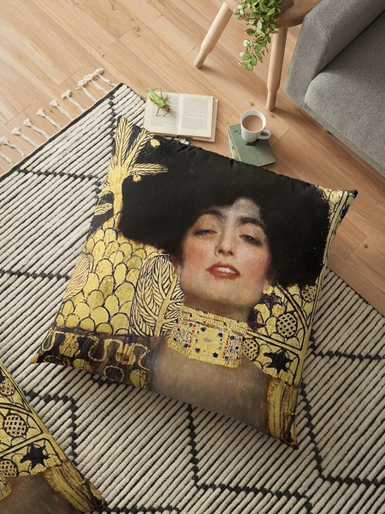 Cojines de suelo «Gustav Klimt, Judith» de timelessfancy | Redbubble