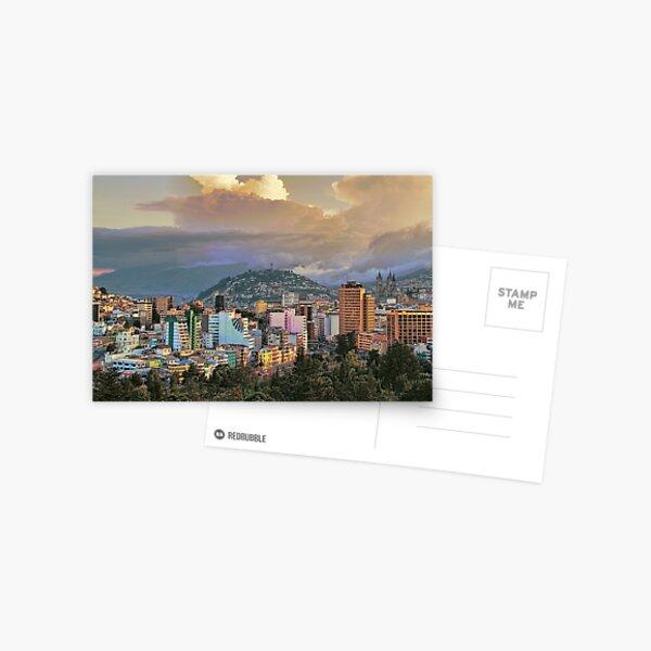Ecuador. Quito Puesta de sol. Postal