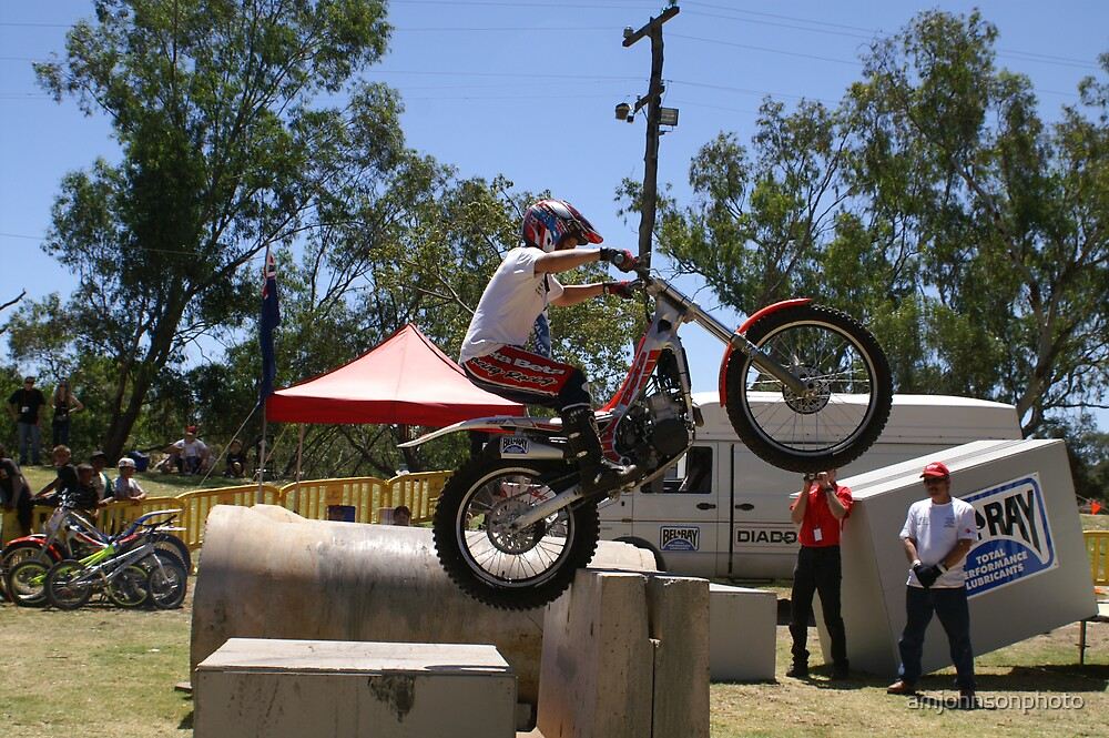 Bunny hop! Trial demo @ Northam M/C show 2008 by amjohnsonphoto