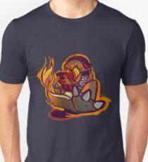 Charmander plays LSDJ Unisex T-Shirt