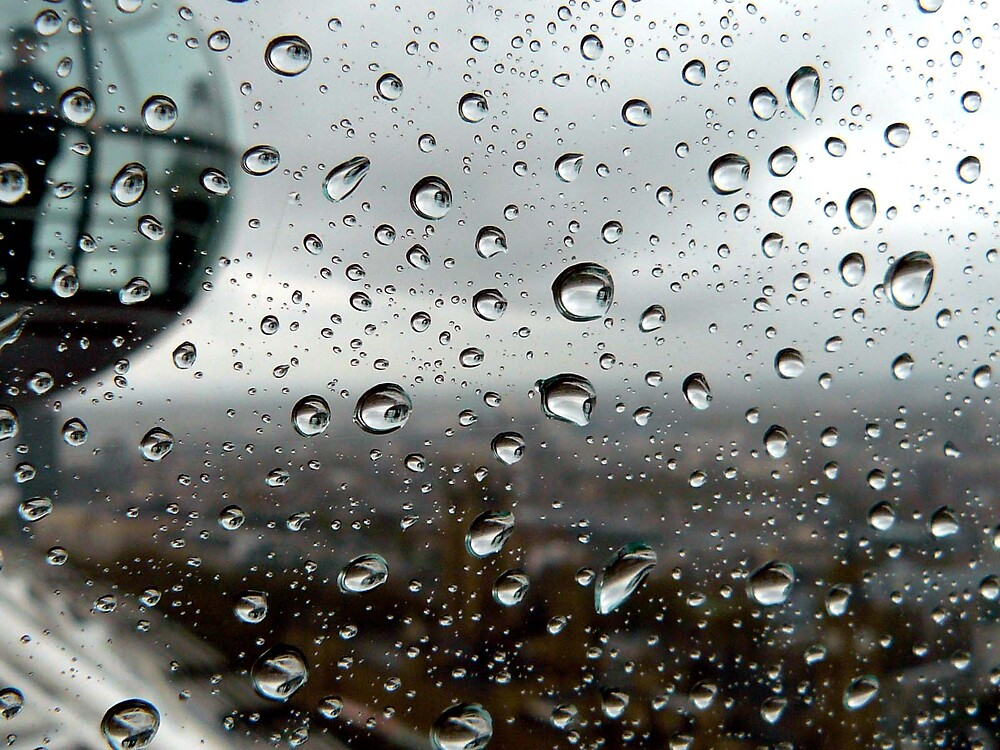 London Eye Rain Drops by Danielle Boere