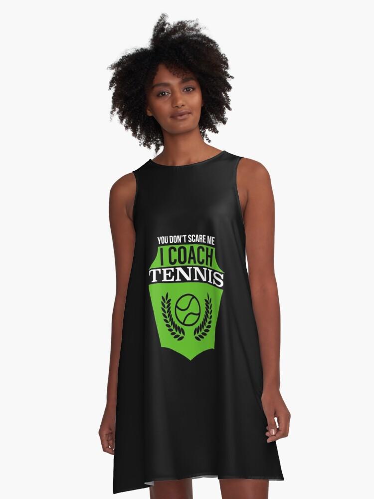 timeless design 31d45 93571 'Sie erschrecken mich nicht Ich trainiere Tennis   Tennis-T-Shirt   Tennis  Geschenke Männer   Coach Geschenke für Männer   Tennis Geschenke Frauen    ...