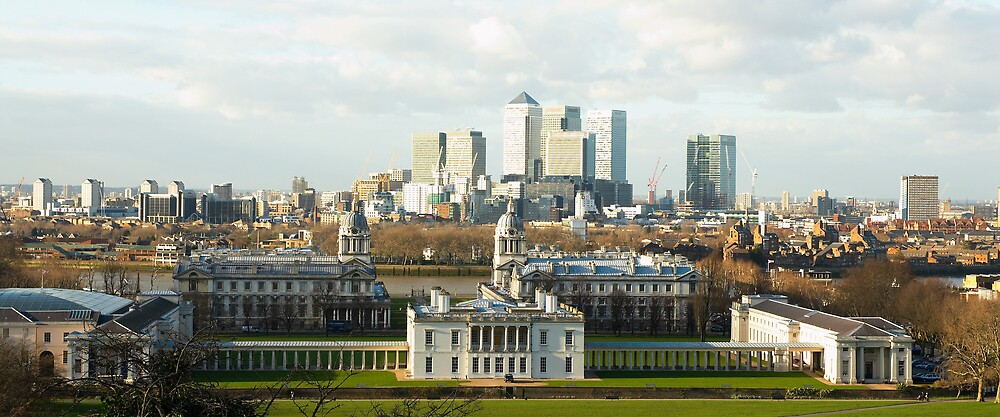The Queen's House and Canary Wharf by Kevin Whitworth