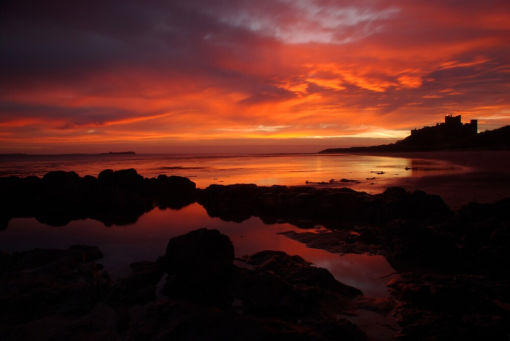 BAMBURGH SUNRISE. by STEVE  BOOTE