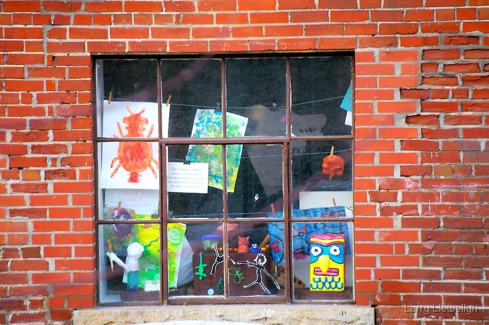 A Window to Children's Art...... by Larry Llewellyn