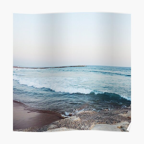 Calm ocean waves Poster