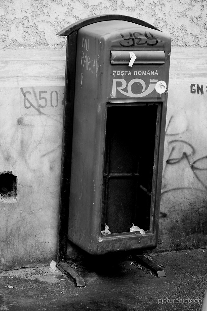 Posta Romana by picturedistrict
