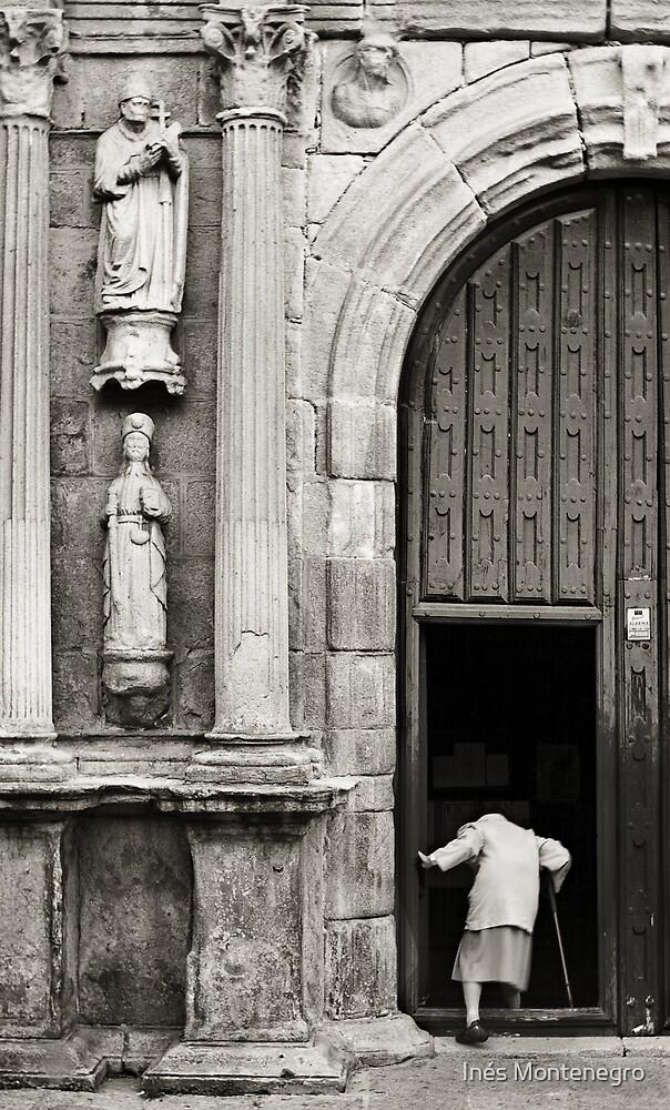 Seeking comfort? by Inés Montenegro