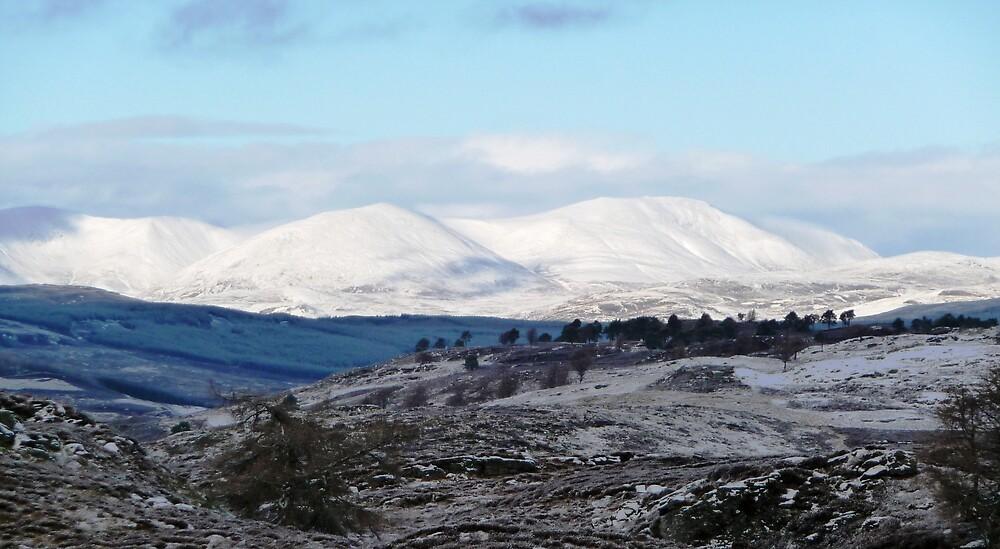 Beinn a' Ghlo Mountains by Braedene