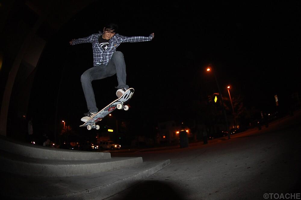 Yesenia the skater girl by Toache1