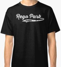 Rego park Queens T-shirt : Retro Queens Vintage NYC Tee  Classic T-Shirt