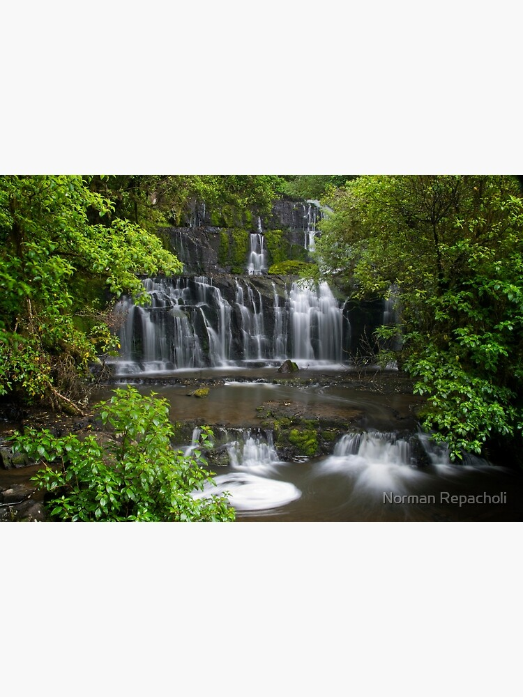 Purakaunui water falls, New Zealand by keystone