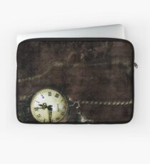 Confusing Time Laptop Sleeve