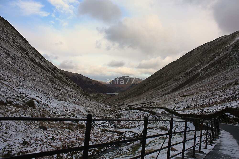 lake district snowy valley by anfa77