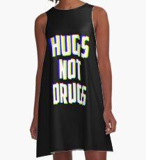 Hugs Not Drugs TV Glitch Effect - Anti-Drug Awareness Gift A-Linien Kleid