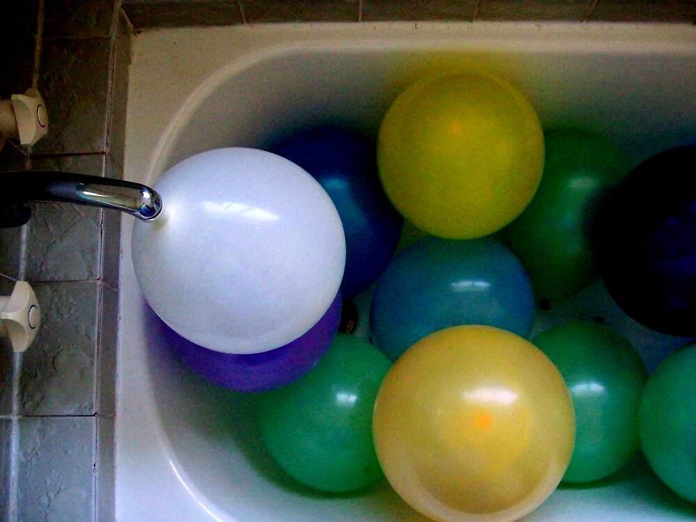 bath time by lennylennylenny