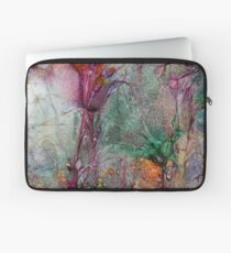 Qualia's Meadow R Laptop Sleeve