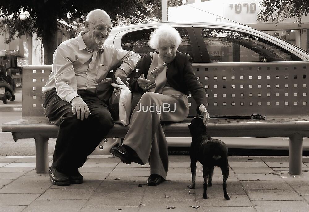 Happy family by JudyBJ