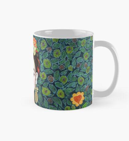 Frida, Queen of Hearts closer II Mug