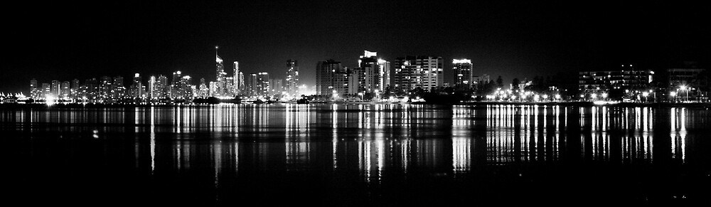 Gold Coast at Night by andrewt