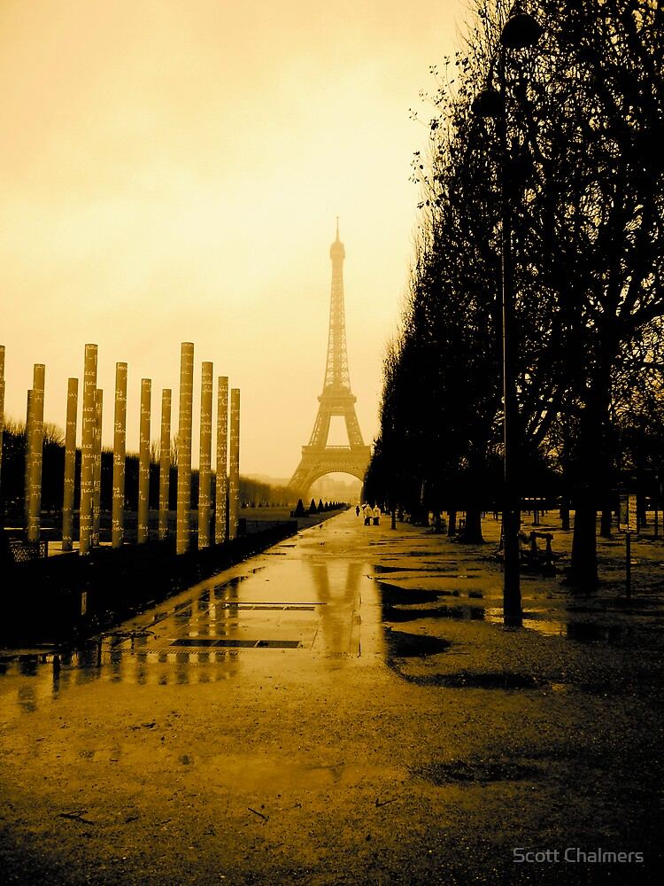 Eiffel Tower by Scott Chalmers