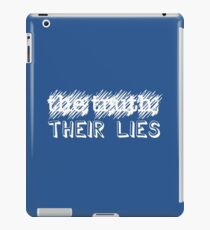 Paramore: Scribbled Out the Truth with Their Lies - WHT iPad Case/Skin