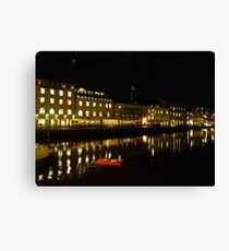 Santa´s Been in the City Canvas Print