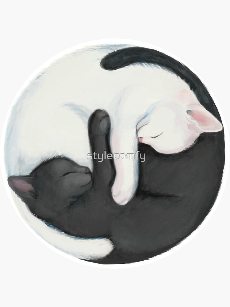 Gatos que balancean de Yin Yang de stylecomfy