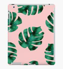 Tropische Farnblätter auf Pfirsich iPad-Hülle & Klebefolie