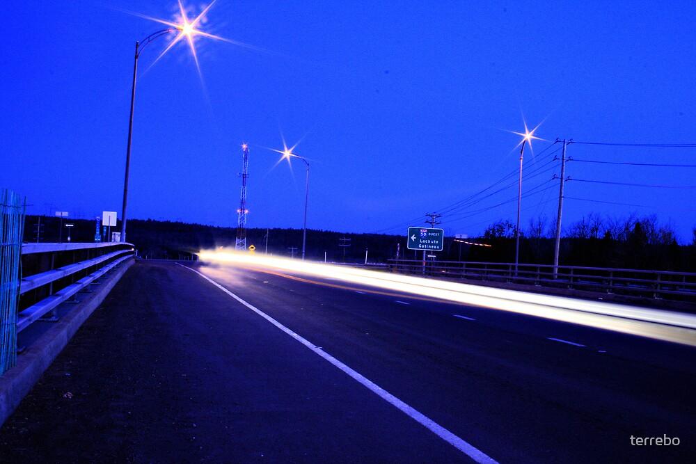 HighWay Light Night Run by terrebo