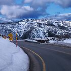 Mount Hotham road by indiafrank