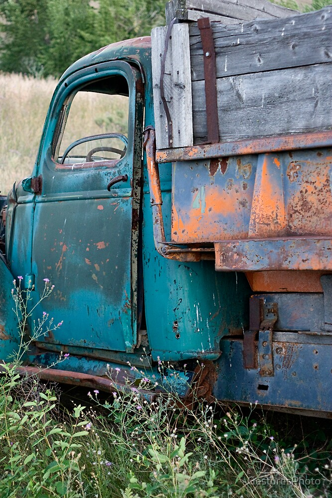 Blue Truck II by GesturesPhoto