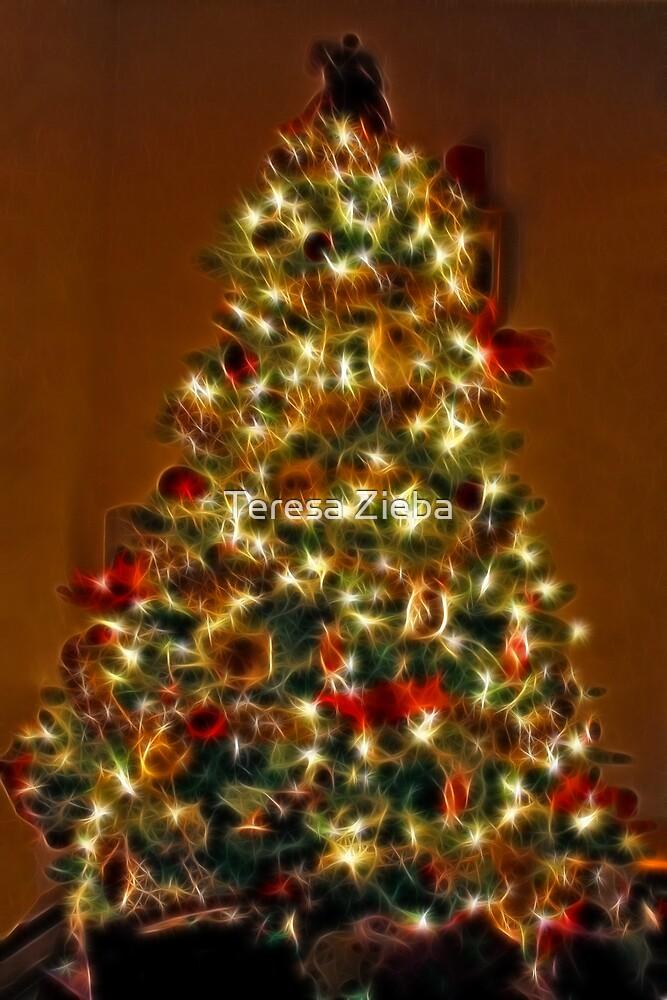 Christmas Tree by Teresa Zieba