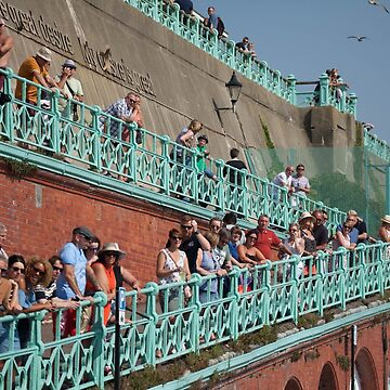 Brighton crowds by modenough