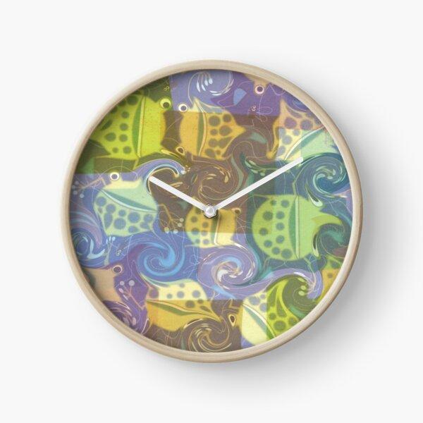 Froggy Swirl Clock