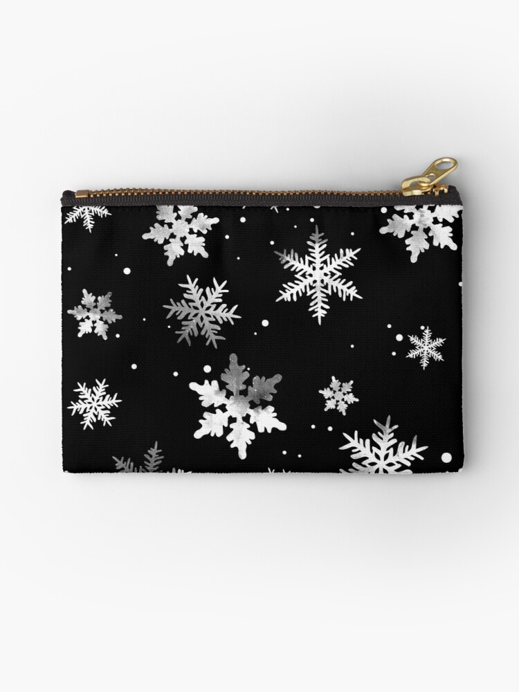 NOIR SNOWFLAKE PATTERN by inkybluemoon