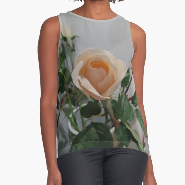 Rose Sleeveless Top
