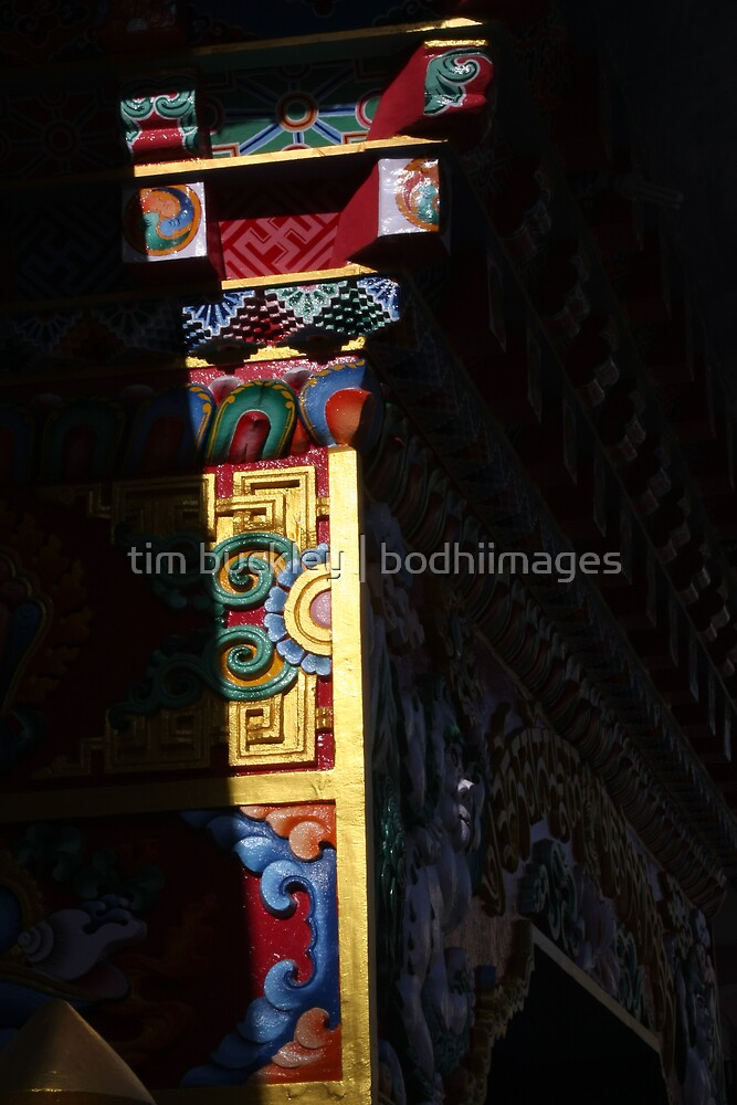 temple gate by tim buckley | bodhiimages