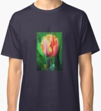Tulip pink and peach Classic T-Shirt