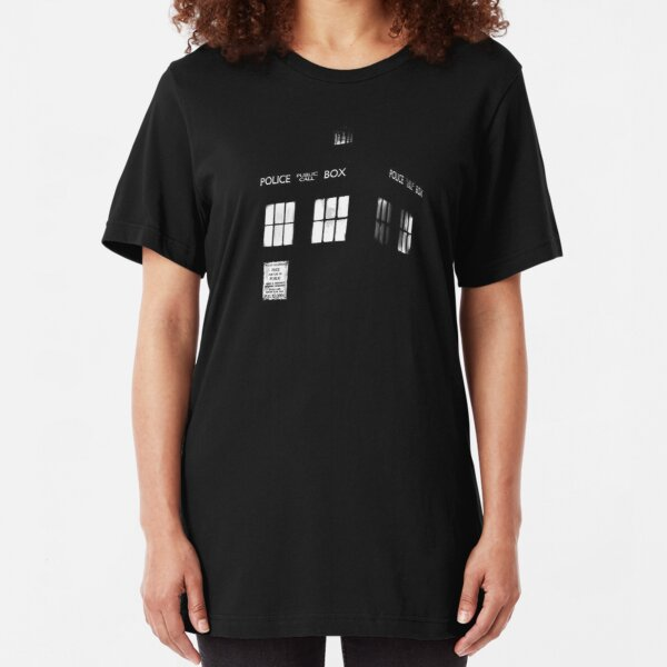 Tardis in the dark Slim Fit T-Shirt