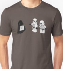 STORMTROOPERS KICK ME STAR WARS   Unisex T-Shirt