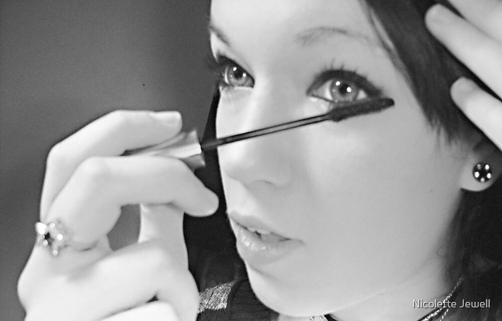 Kaitlyn applying mascara. by Nicolette Jewell