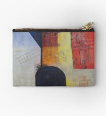 Overflowing Studio Pouch