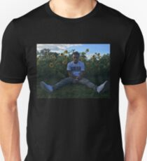 LIL SKIES HIGH QUALITY COVER / PHOTO / PICTURE SITTING IN SUN FLOWER FIELD  Unisex T-Shirt