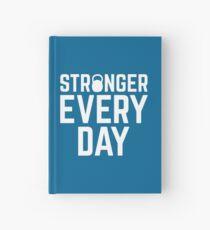 Stärker jeden Tag Fitnessstudio Zitat Notizbuch